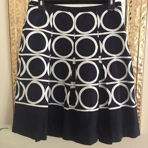 Ann Taylor Drop Waist Box Pleat Skirt Size 2